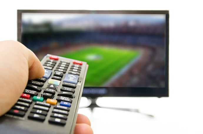 Top 10 Best Universal Remote Controls For Tv To Buy In 2020