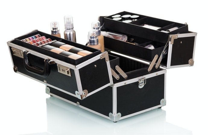 Top 10 Best Suitcases Makeup